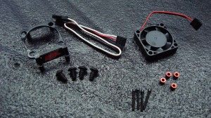 Accessory bag includes fan screws, shroud screws and spacers, fan X brace, and Hotwire adapter.