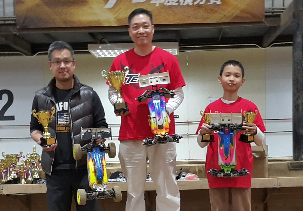 1-8 EP buggy Open Class podium